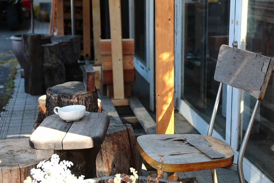 how to restore outside wood furniture